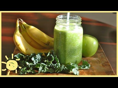 EAT | Banana Kale Smoothie Recipe