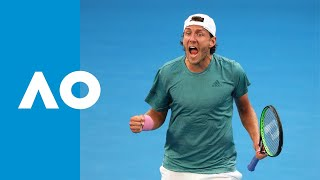 Final game: Lucas Pouille seals spot in the QF (4R) | Australian Open 2019