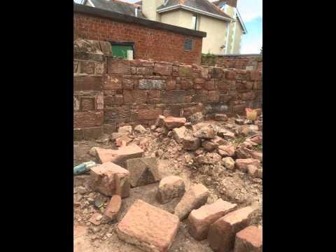 Lime mortar built sandstone wall