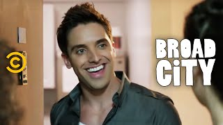 Broad City - Partying with Trey