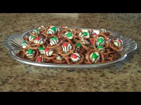 Holiday Pretzel Treats - Lynn's Recipes
