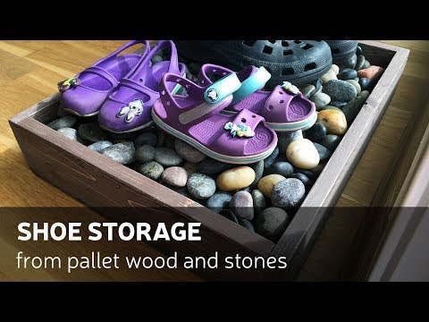 DIY: Shoe Storage From Pallet Wood And Stones