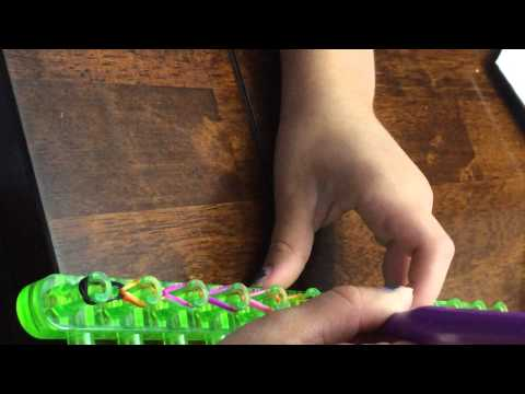 How to make a Twist N Loop rubber band ring