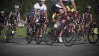Jimmie Johnson leads bike ride in Nicky Hayden