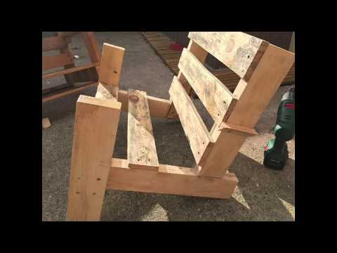 DIY BONFIRE CHAIR WITH HAND-REST MADE OUT OF PALLET