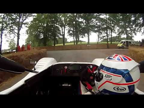 2013 Cholmondeley Pageant of Power: Radical SR8 RX Onboard
