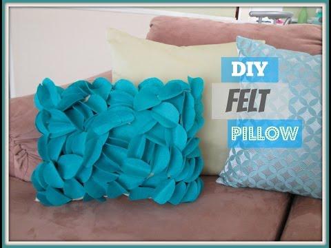 DIY Felt Pillow