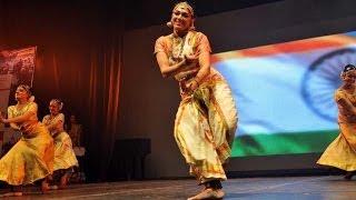 Aamir Khan , Kamal Hassan \u0026 Shobana's dance performance @ CIFF | 4TamilMedia