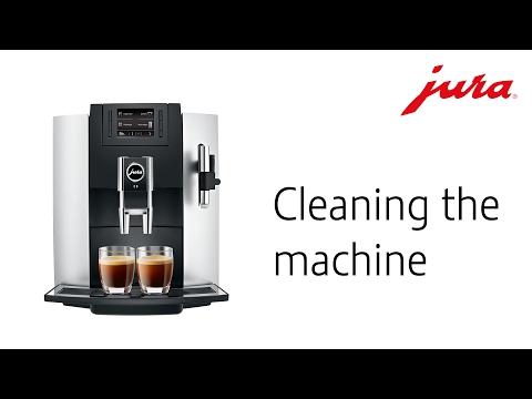 JURA E8 - Cleaning the machine