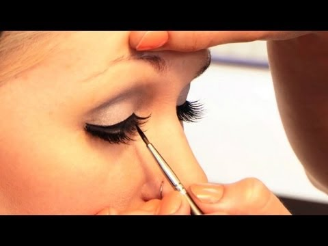 Lady Gaga Poker Face Video How to Make-up Tutorial: Part 2, Eyes and Lips