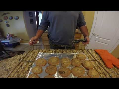 How-to bake homemade chocolate chip cookies from scratch