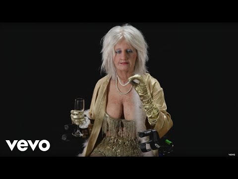 Katy Perry - Goldie The Dancer:
