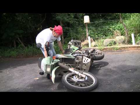 Pro Tip: How to lift a Motorcycle