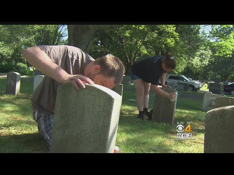 Volunteers Clean Headstones Of Veterans In Salem Cemetery