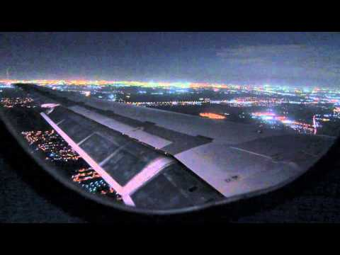 Night Landing at Houston-Bush Intercontinental Airport-Delta Airlines MD-88