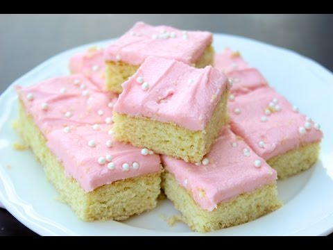 HOW TO MAKE SUGAR COOKIE BARS WITH BUTTERCREAM FROSTING