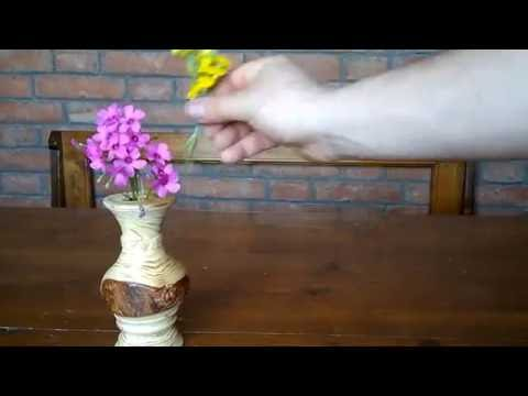15) Little Wooden Flower Pot with a tiny compartment for water