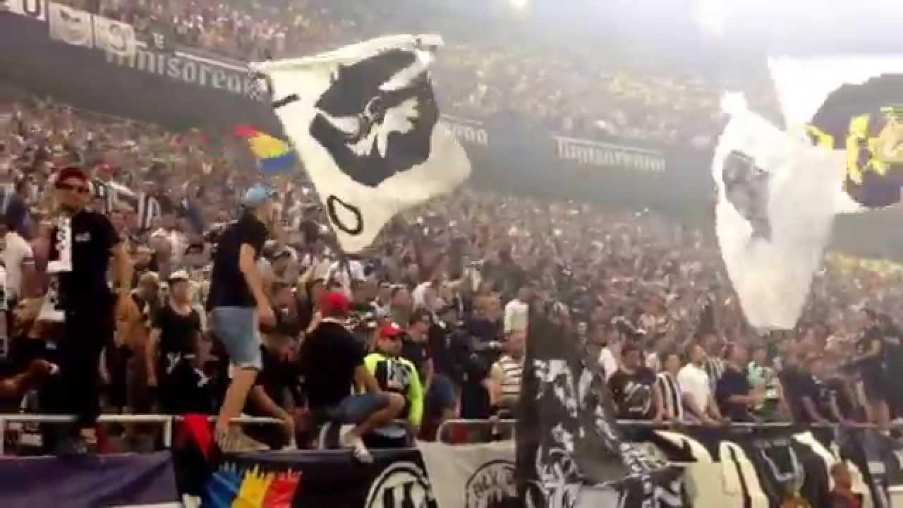 "Primul pas pe stadion.. (GALERIA ""U"" CLUJ - Finala Cupei României)"
