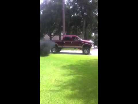 My 2005 lifted ford f250 blowing black smoke