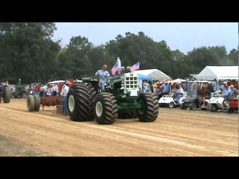 1950 Oliver Detroit Diesel Tractor pull El Toro Full Pull