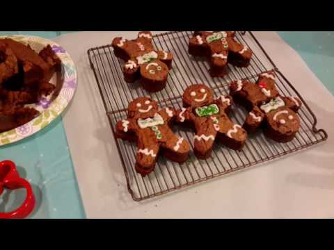 Gingerbread Man Brownies - Review of SweetCookiePie