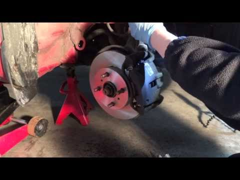 Changing Brake Pads and Disks on a Toyota Yaris
