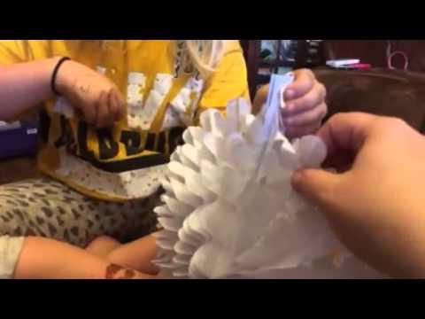 Sunbeauty 5 Inch Snowflake Tissue Paper Fan
