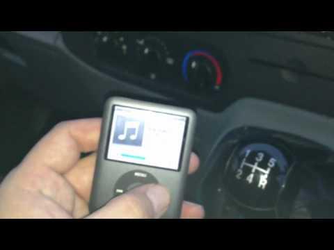 Apple FM Transmitter for iPhone/iPad/iPod