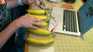 Enjoy The Dulcet Tones Of The Banana Piano | Street Science