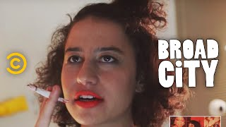 Hack Into Broad City - Body Dysmorphia