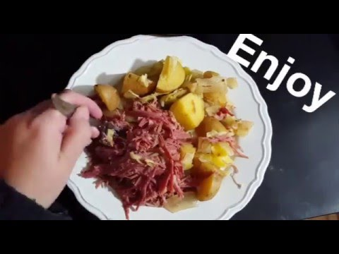 Crock Pot Corned Beef and Cabbage Recipe