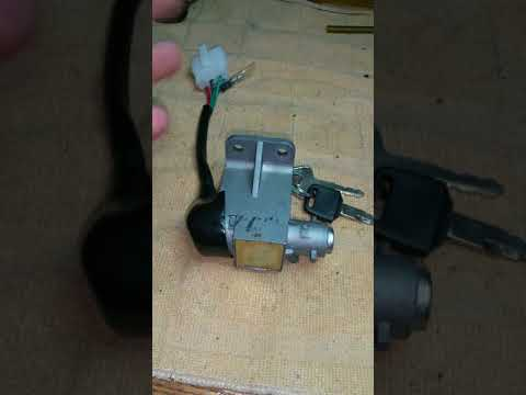 KYMCO SCOOTER IGNITION KEYED. LOCKSMITH EDDY SHIPEK 561-693-8636
