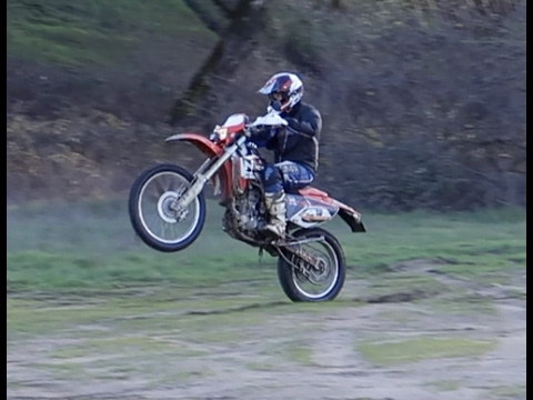LEARNING HOW TO RIDE DIRT BIKE