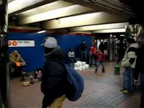 Buskers - Penn Station New York