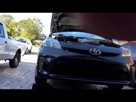 Toyota Prius Engine Oil Change