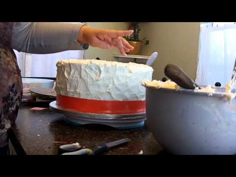 How to make a wedding cake, learn how to level, fill, stack and frost part 2 at hollysbakery.com