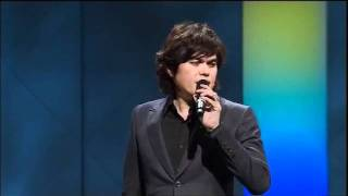 Joseph Prince - Ministers And Leads In Free-flow Worship - 15 Jan 2012