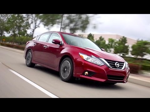 2017 Nissan Altima - Review and Road Test