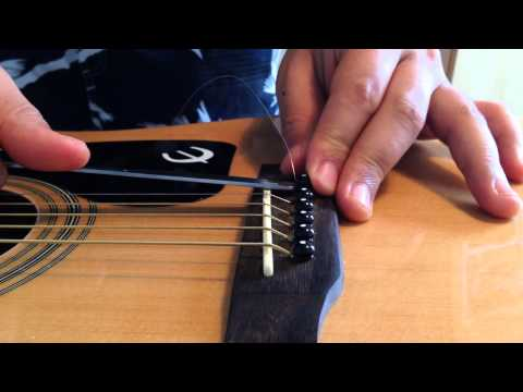 How to remove bridge pins easily using a spoon! (Acoustic Guitar)