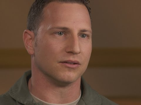 Air force pilots describe health problems from flying F-22 jet