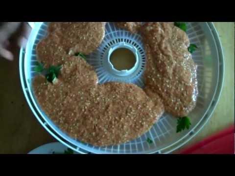 How to Make Raw Flax Seed Crackers