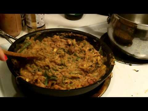Paleo Spaghetti Squash Pad Thai