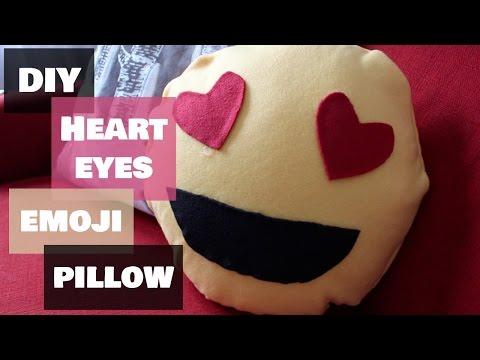 DIY | Heart Eyes Emoji Pillow