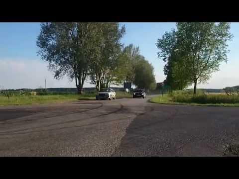 BMW E30 2.5 tds (Krézi) vs 2.0 is (Bodnár)
