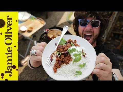 EXTREME Chilli Con Carne | DJ BBQ
