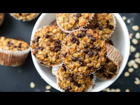 How To Make Banana Chocolate Chip Muffins | Healthy and Easy Breakfast Ideas