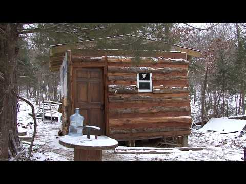 OFF GRID CABIN For CHEAP with Pallets and Cedar