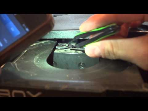 How to: Fix a stuck/sticky XBOX DVD drive/tray