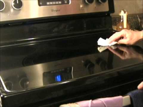 How to Clean Your Glass Stove Top without Detergent - Guess What I used (answer at the end)