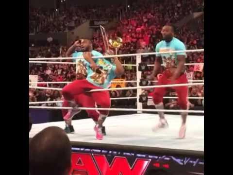 WWE Monday Night Raw at Staples Center 4/11/16